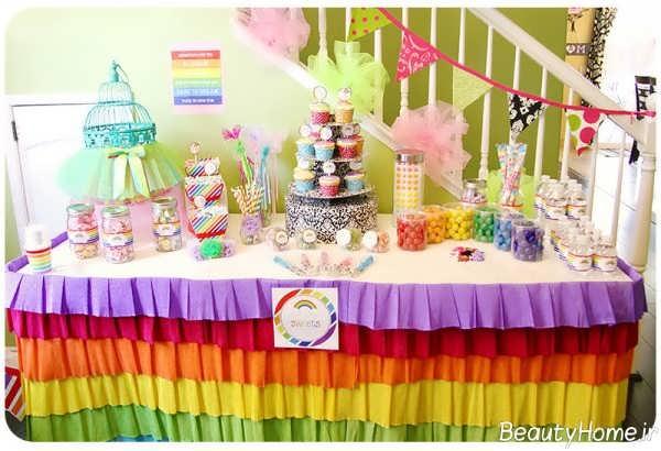 تزیین خلاقانه میز تولد با تم رنگین کمان
