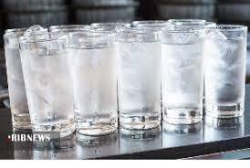 چرا نباید همراه غذا آب بنوشیم؟